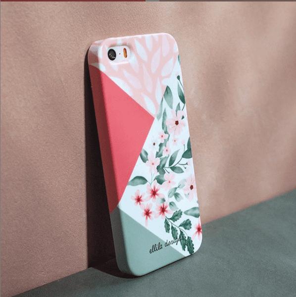 Fot van een telefoonhoesje met kleurijke kleuren